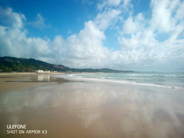 Maceió Alagoas, alugo suítes beira mar.