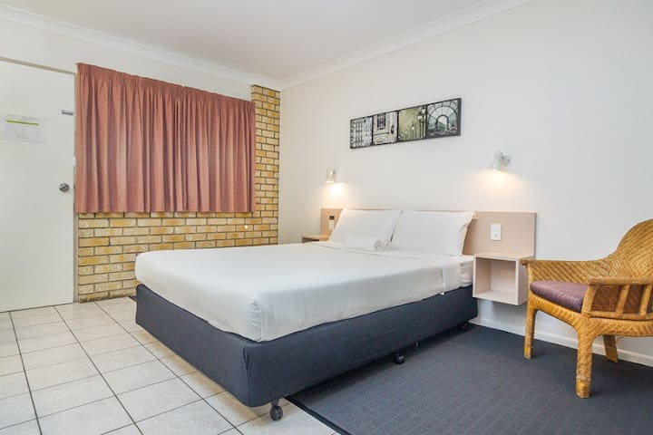 Standard Queen Room - Caboolture - Other