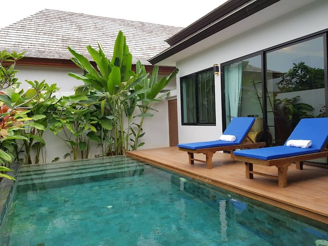 Luxury private pool villa near airport