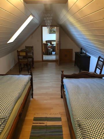 Schlafzimmer 2 (Dachzimmer)