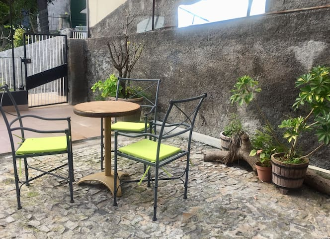 Hübsche Fewo mit Meerblick & Garten