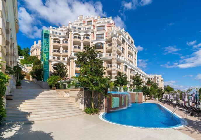 SEA VIEW BEACH 1BR Apartment in Varna Bulgaria
