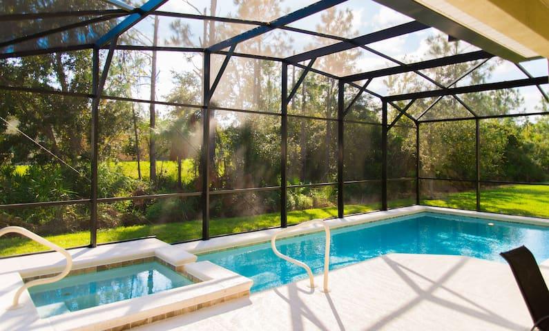 Trafalgar Retreat - Private Pool, close to Disney!