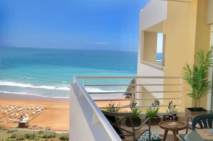 Elegant seaview apartment Praia da Rocha