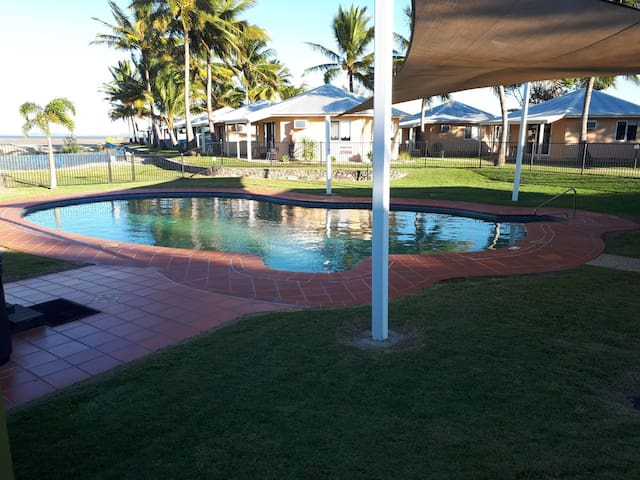 Entire two bedroom Villa on the Beach Mackay