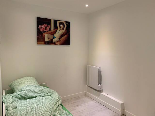 douche individuelle room with shower metro wifi