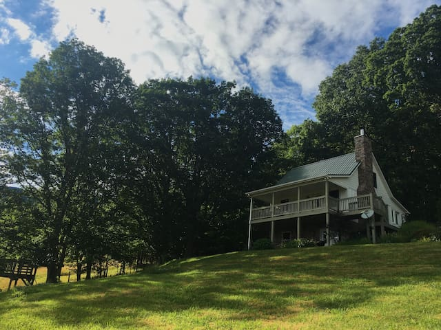 Honey Hill Cottage