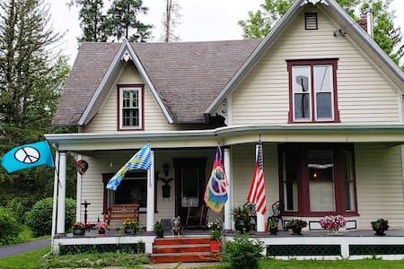 The Cambridge Retreat House