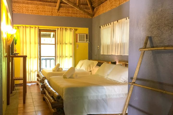 [SALE] Hannah Hotel Family Room, White Beach S1