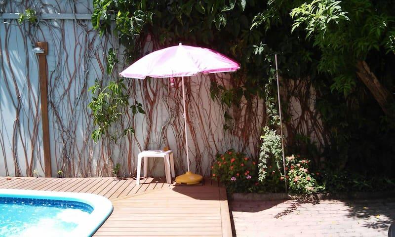 Estúdio praia Santinho/Floripa