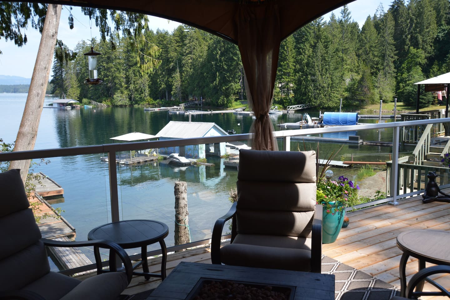 Lakefront guest house with private dock.