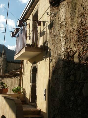 Bellissima casa in stile siciliano vicino Taormina