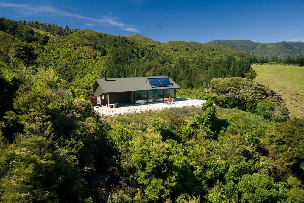 Perfect couples' retreat - private and peaceful