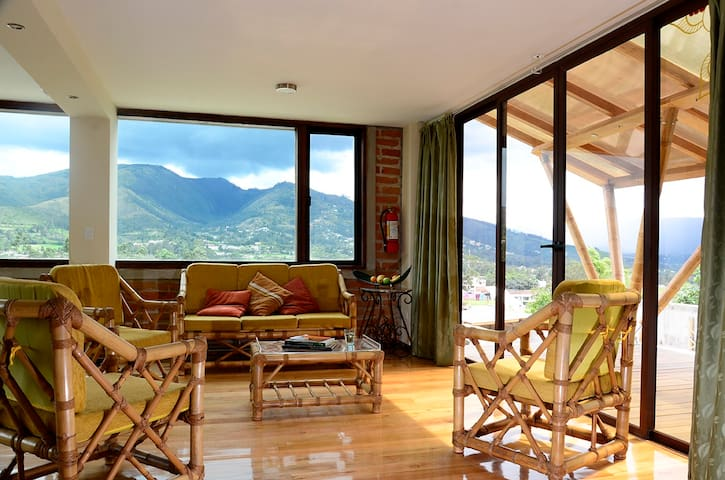 Casa Bambú- lovely private apartment near airport - Quito - Lägenhet