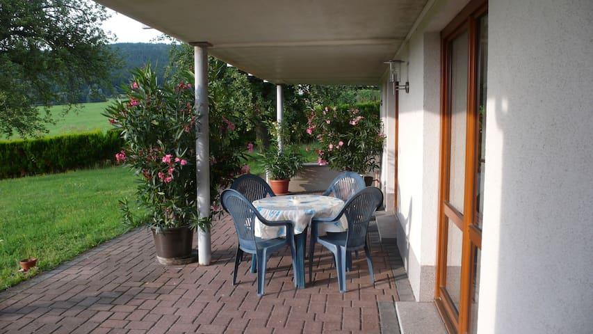 Gemütliche Ferienwohnung / Cosy apartment