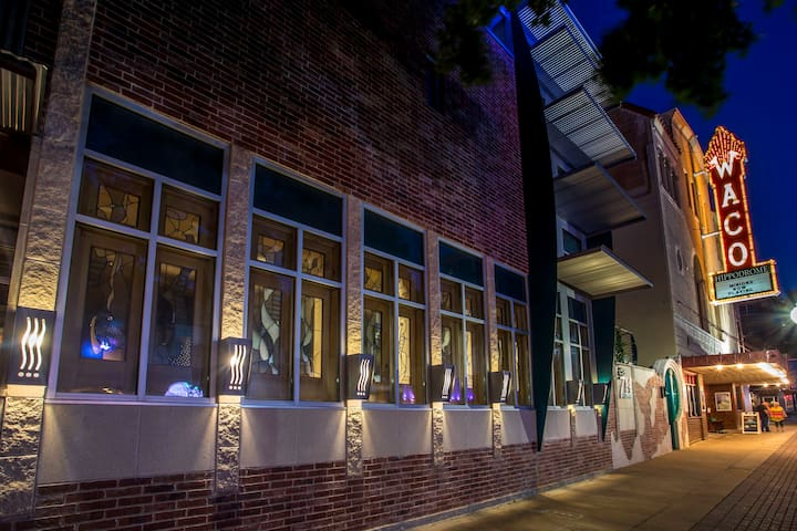 View at night, next to Waco Hippodrome