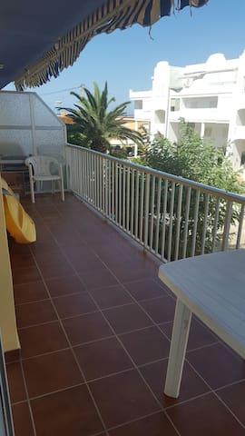 apartamento enfrente de la playa - เดเนีย - อพาร์ทเมนท์