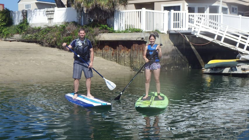 Couples, Stand Up Paddle Boarding