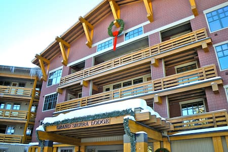 Ski-in Mammoth Village 4th Fl Quiet - Mammoth Lakes - Apartament