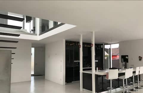 Privatzimmer-modernes Bauhaus - Langenfeld