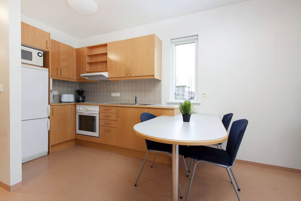 Kitchenette, Dining Area