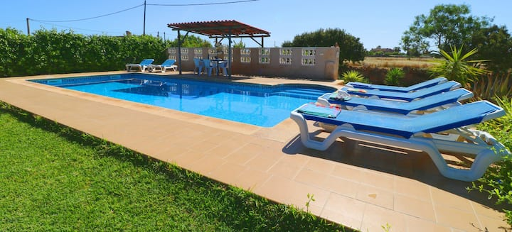 Holiday Home Cas Forner with Wi-Fi, Garden, Pool & Terrace; Parking Available, Pets Allowed