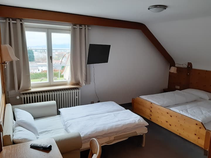 Hotel auf d' Steig, (Lindau am Bodensee), Standard Familienzimmer für bis zu 4 Personen