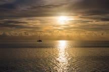 coucher de soleil à Matira beach