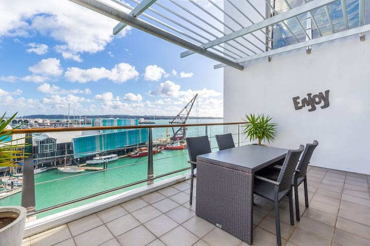 Harbours Edge Apartment