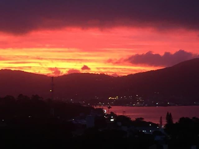 Suíte Master Hawaii - Florianópolis - Talo