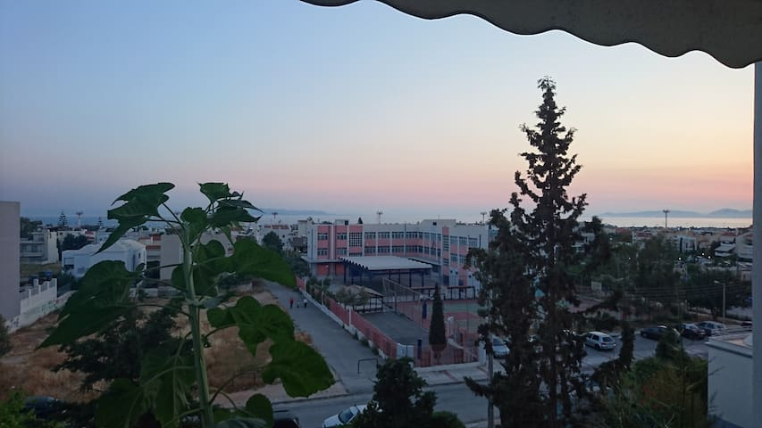 Cozy Flat with Sea View in Glyfada