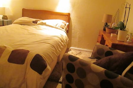 A city centre room available - Talo
