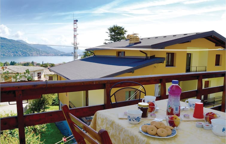 Holiday apartment with 2 bedrooms on 70m² in Baveno (VB)