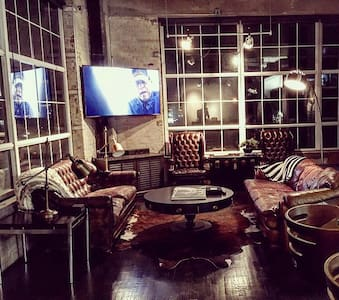 The Ultimate Downtown Loft - Houston