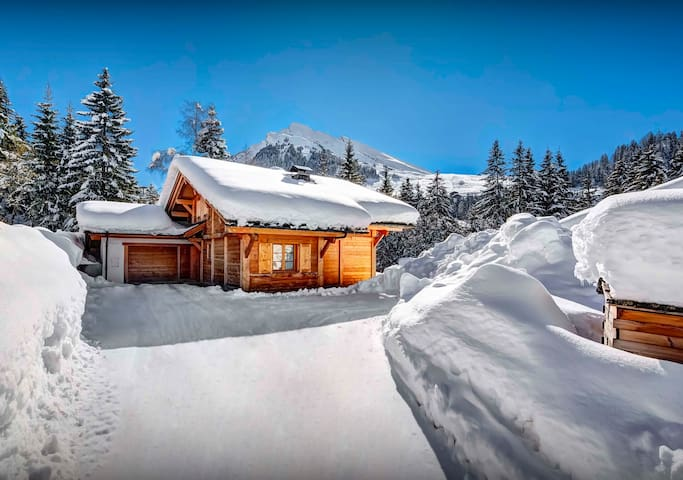 La Clusaz chalet for 8 - hot tub, sunny terrace, great views - OVO Network