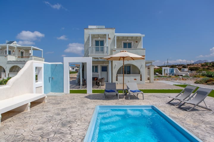 Two Bedroom Villa Private Pool & Sea View (Blue)