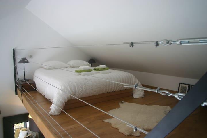 Lit double (140x190) en mezzanine