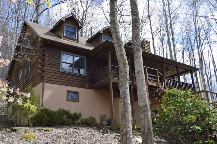 Cedar Cliff Mountain Lodge