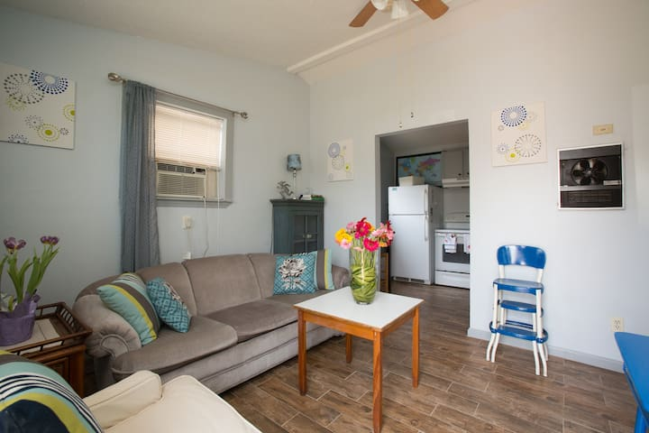 Levee Rest Suite