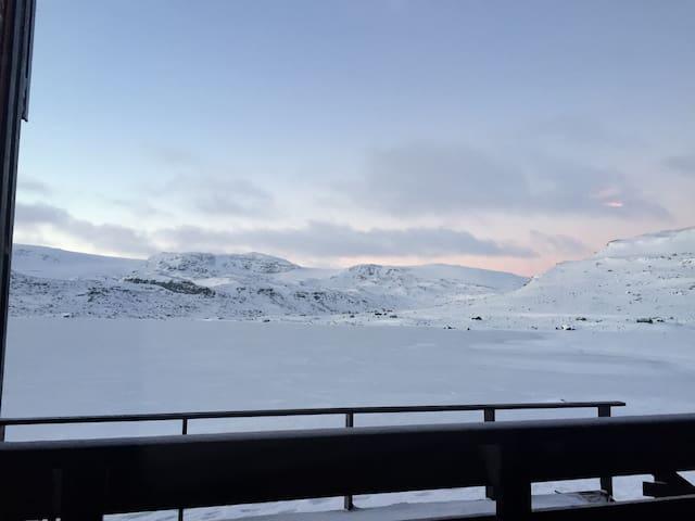 Fantastisk utsikt over Finsevann