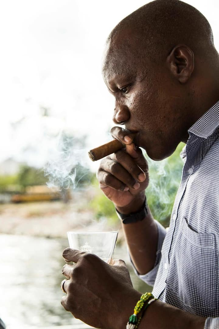Learn how to pair cigars and rum