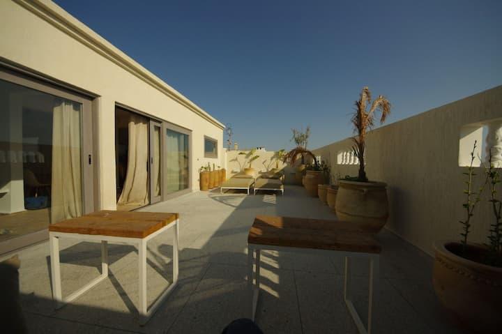 Superbe appartement Moroccan Chic avec terrasse.