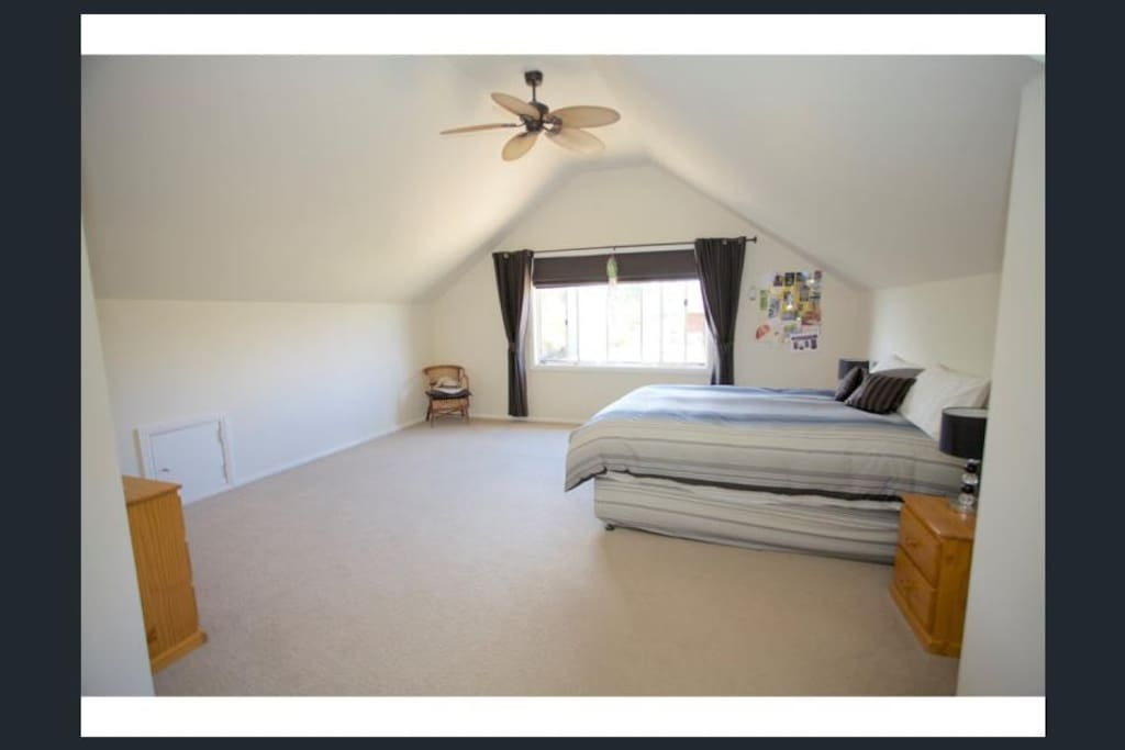 Main bed room with a very comfortable queen size bed