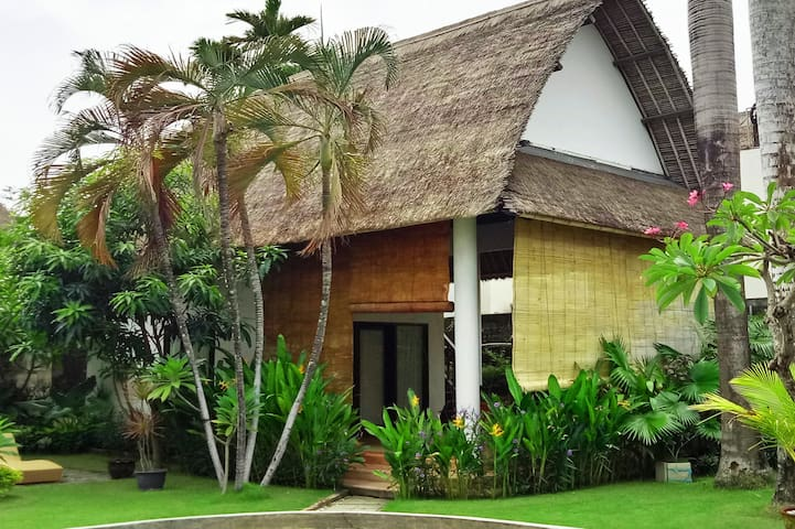 Bungalow A - Self-contained with Bedroom, Ensuite and Outdoor Living space