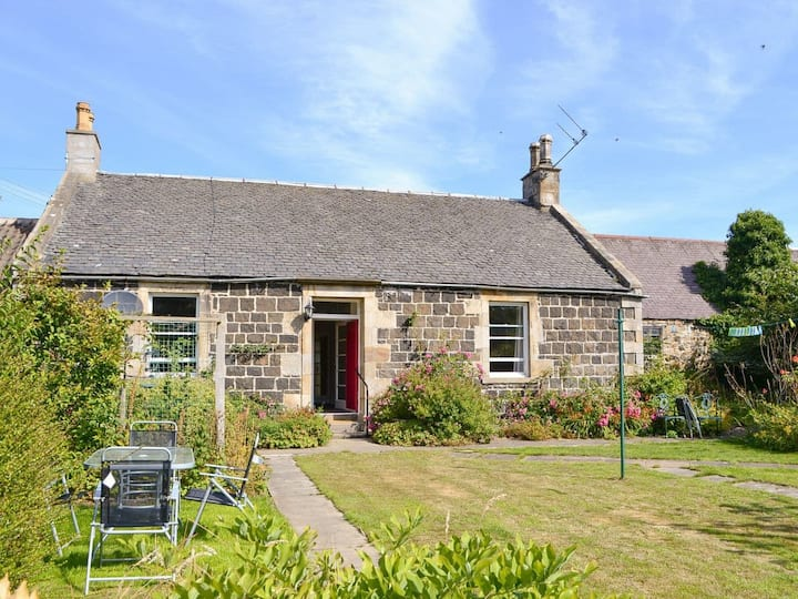Orchardfield Farm Cottage (UK5883)