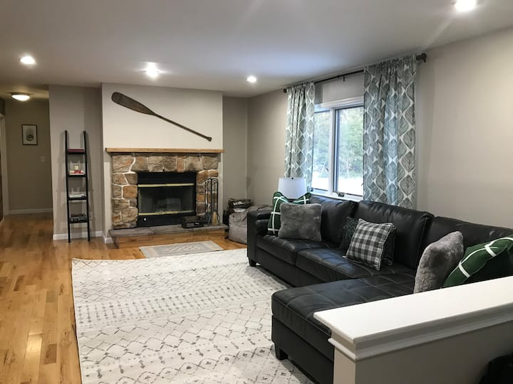 5 Bdrm - Catskill Mountain House with Fire Pit