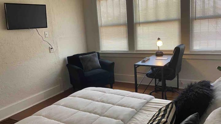 Apartment Near Fort Bliss and Airport