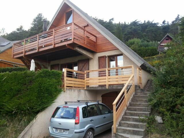 Maison 2 chambres chalereuse - Embrun - Casa