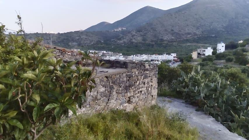 Mavrikiano - Elounda - Talo