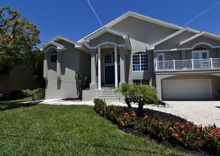 Chip Shot Home in Beachview Estates - Sanibel Island Golf Club
